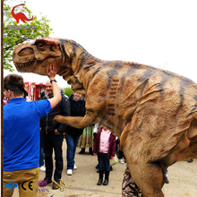 Adult Walking mechanical realistic sauropod dinosaur costumes for dino show