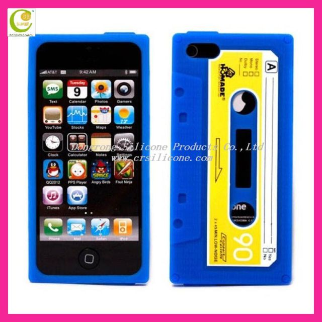 Good selling cassette tape silicon case for iphone 5,retro tape shape soft silicone case cover with a charging port for iphone 5