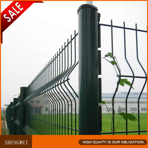 hook style 4x4 welded wire mesh fence supplier