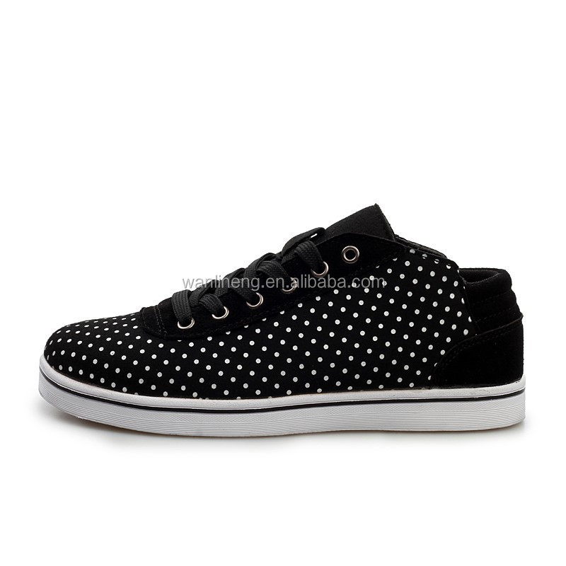 2015 Fashion black and white dot pattern lace-up suede couple casual shoes
