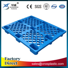 Light-duty grid plastic pallet