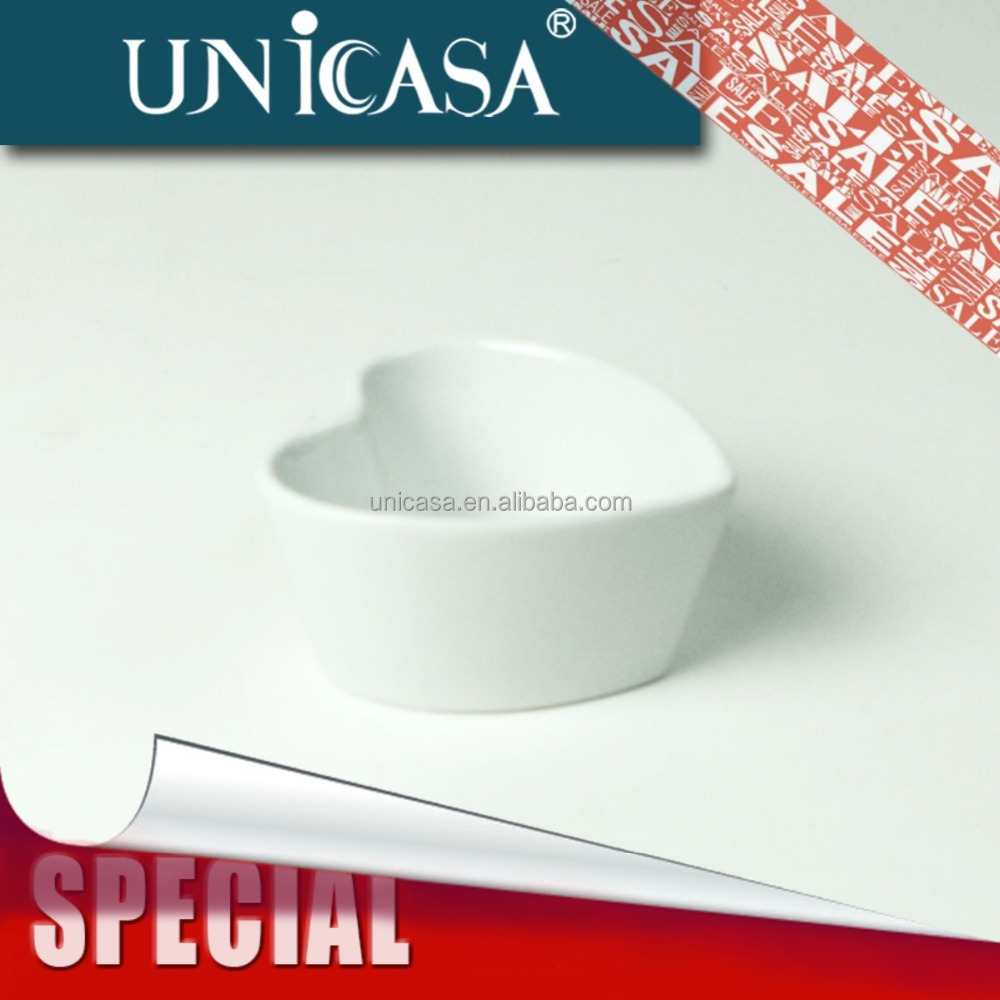 UNICASA Ceramic porcelain heart shaped dish