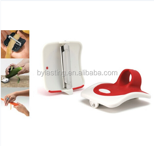 Palm Peeler Serrated Vegetable Fruit Peeler