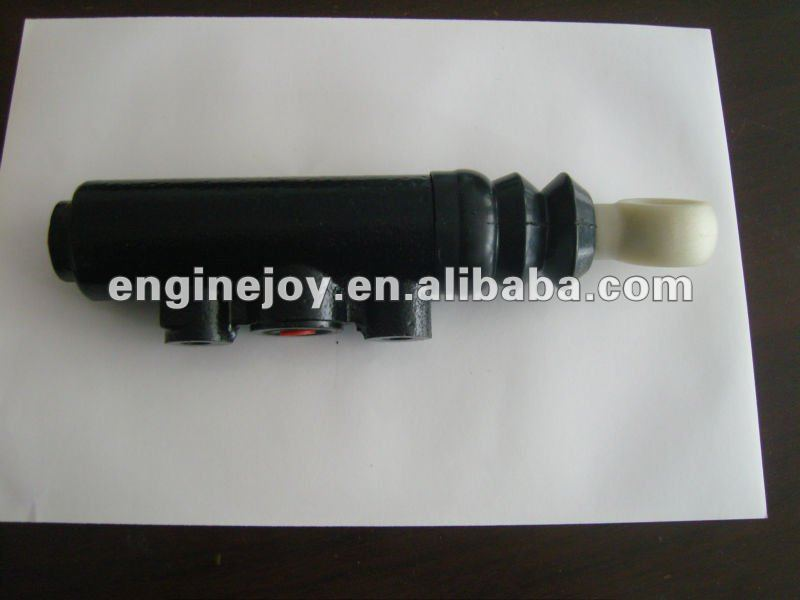 1669488,1620462,1614351,1581209,KG28014.1.1 Clutch Master Cylinder use for Volvo