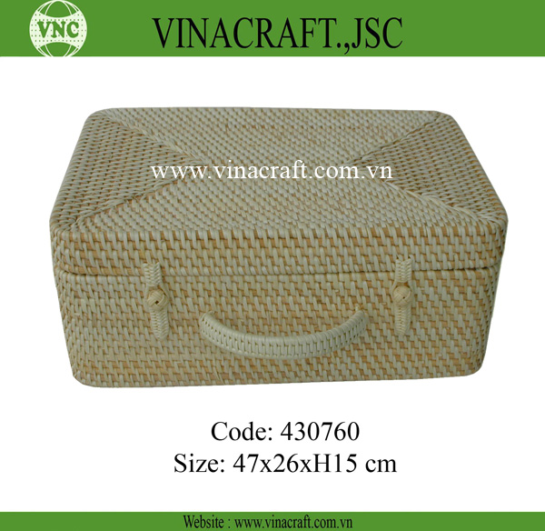 Natural rattan box for packaging