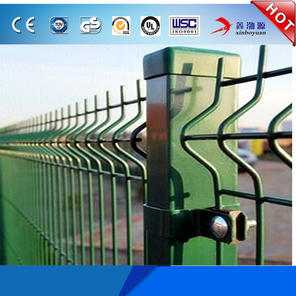 China Professional Manufacturer supply good quality cheap price pvc coated welded fence garden/triangle bend net type for sale