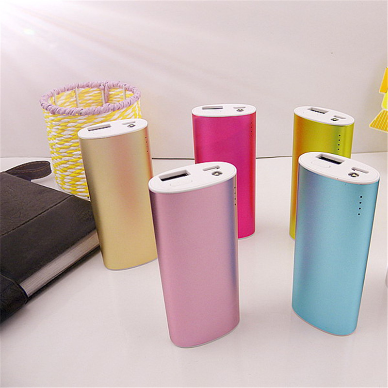 Mini Lowest Price Gift Battery Charger 4000mah Portable Battery Bank Promotion Portable Power Bank for smart phones