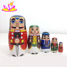 Customize wooden russian matryoshka dolls for kids W06D094