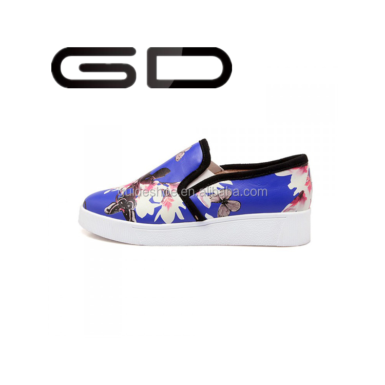 GD Europe and the United States on the streets of printed shoes printed thick bottom flat shoes PU single low help loafers