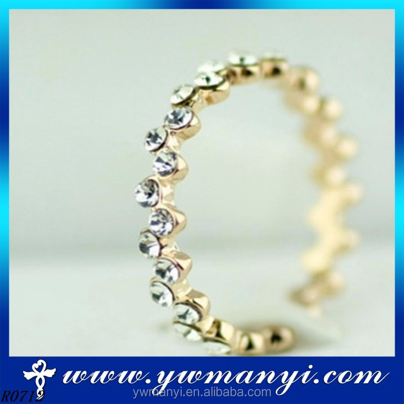 High Visibility Fashion Gold Plated Jewelry Charm Full Diamond Beauty Metal O Ring Wholesale Jewelry R0712