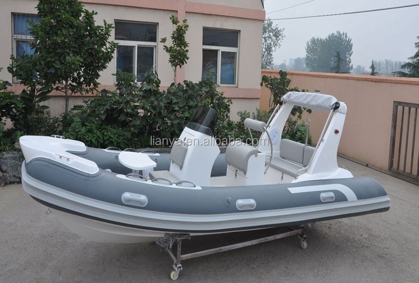 Liya HYP520 vacuum absorption medium size RIB boat sold in Australia