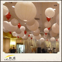 2016 Round Paper Lanterns Assorted Colors Can Combine with LED Light for Chrismas Decoration