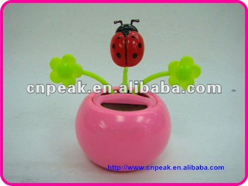 New LadyBug Solar Power Flip Flap Dancing Toy two green flower leaves toy