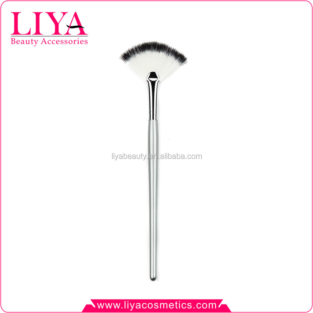 High quality nylon hair silver handle facial cosmetic makeup fan brush