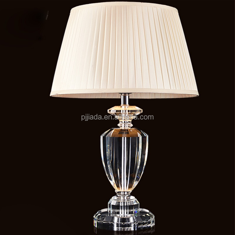 Modern style K9 clean home goods crystal table lamp with white