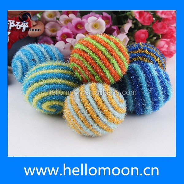 High Quality Funny Multi-color Striped Spherical Home Made Cat Toys