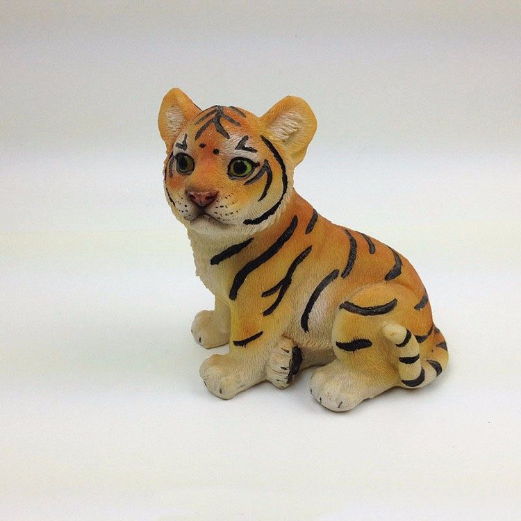 Custom  home decoration resin baby tiger figurine