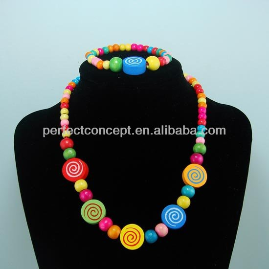 wood bead necklace and earring for kid children jewelry,swirl circle pendant,multi color