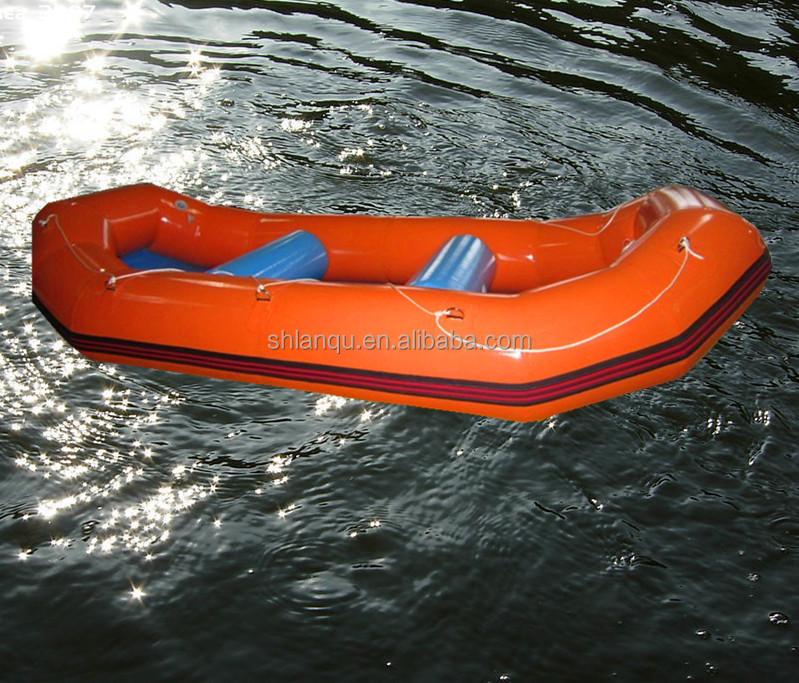 дешовая надувная лодка