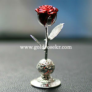 Silver Red Rose Small Size Car Aroma and Home Aroma Decorative With Gift Case