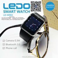 LEDO Factory price!!!2015 New Fashion of new android 4.4 bluetooth smart watch phone gv09