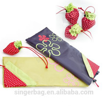 Wholesale custom cute strawberry reusable tote foldable shopping bags