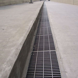 Hot dipped galvanized heavy duty steel catwalk trench grating