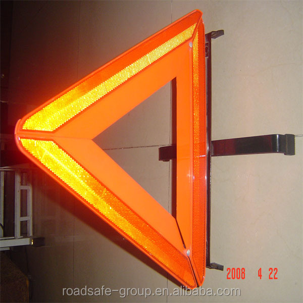 Triangle Reflecting Traffic Warning Light with E-Mark Certificate from Roadsafe Manufacturer