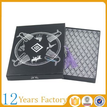 luxury gift packaging t shirt in boxes