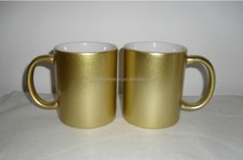 2014 fashion creative design golden color ceramic tea cup with handle