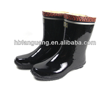 Name rand water proof rain boots.rubber boots