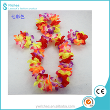 Yiwu Riches Polyester Wholesale Colorful Peals Flower Lei for Christmas