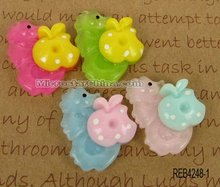 Fashion resin cabochons sea horse with apple mix color