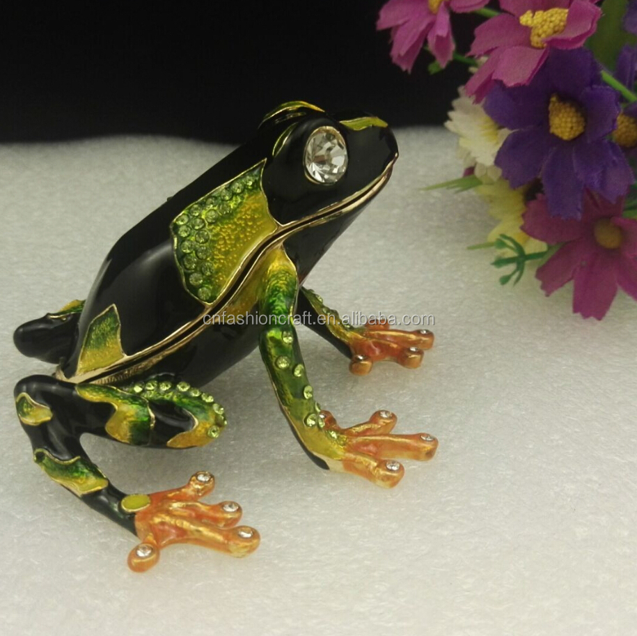 Green and black color pewter made frog bejeweled frog trinket box for gift