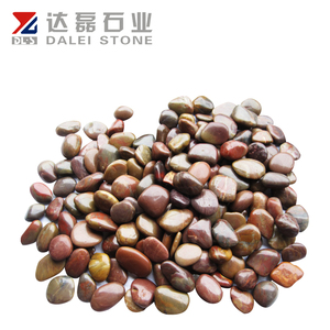 Cobble stone pebble for garden with glowing pebble stone