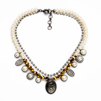 Pearl Nacelace Portrait Necklace Fine Necklace for Women