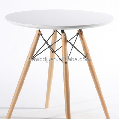 China factory supply MDF top table with PU painting and Beech legs dining table for sale