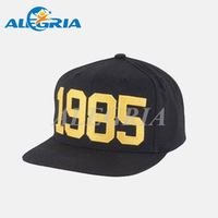 Golden 3d embroidery snapback hats with plastic closure custom