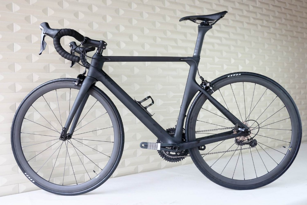 NEW AERO full carbon road bike BB86 inner cable carbon complete <strong>bicycle</strong> high quality