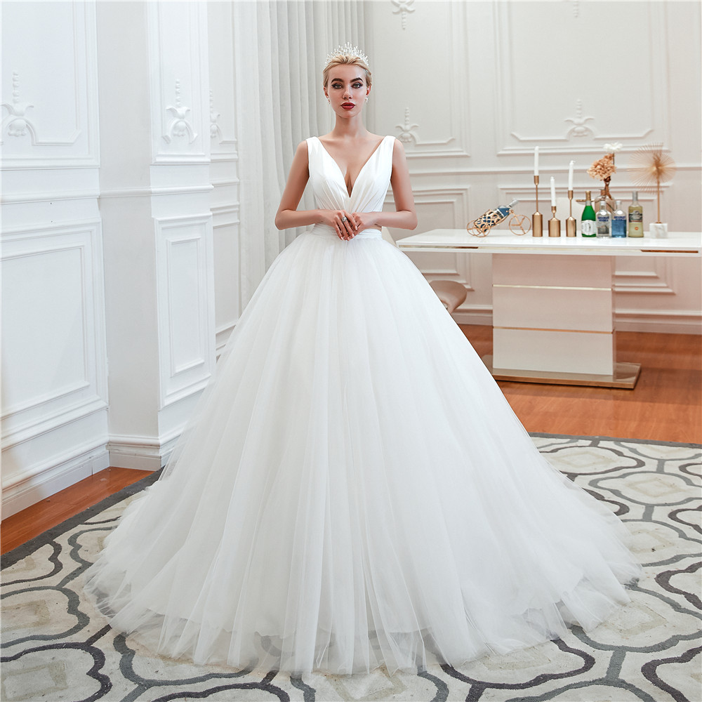 Pure Wedding Gowns Simple Bridal Gowns Cheap Wedding Dresses 2019 Ball Gown Wedding Gowns Lace Bridal Dresses L31354