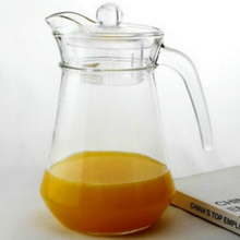 High quality 1.3 Liter glass pitcher with plastic lid glass mug with handle for juice