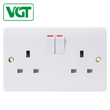 Good quality 5-year warranty time 13 amp multi-function switch and socket