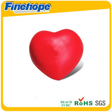 2015 welcomed customized style heart shape pu stress balls