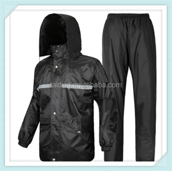 2016 hot sale 100% polyester waterproof raincoat for sale