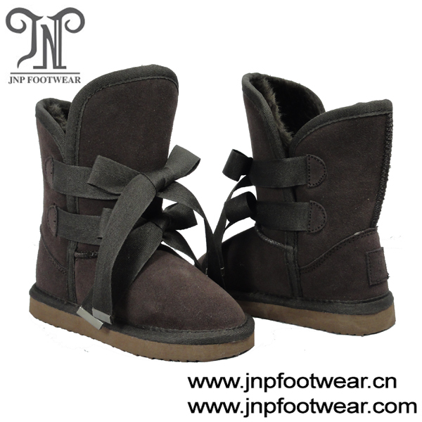 Winter childrens brown boots with double shoes laces