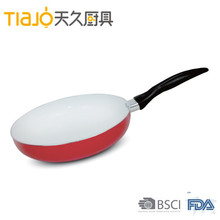 High quality ceramic coating Aluminum fry pan cookware with soft touch long handle
