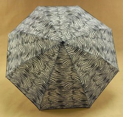 "21""x 8 ribs 3 folding umbrella with automatic open and close"