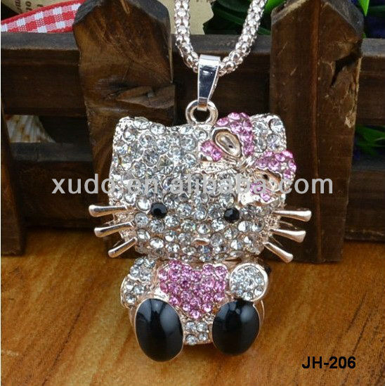 So beautiful!!! 2013 new wholesale fashion sweater hello kitty necklace