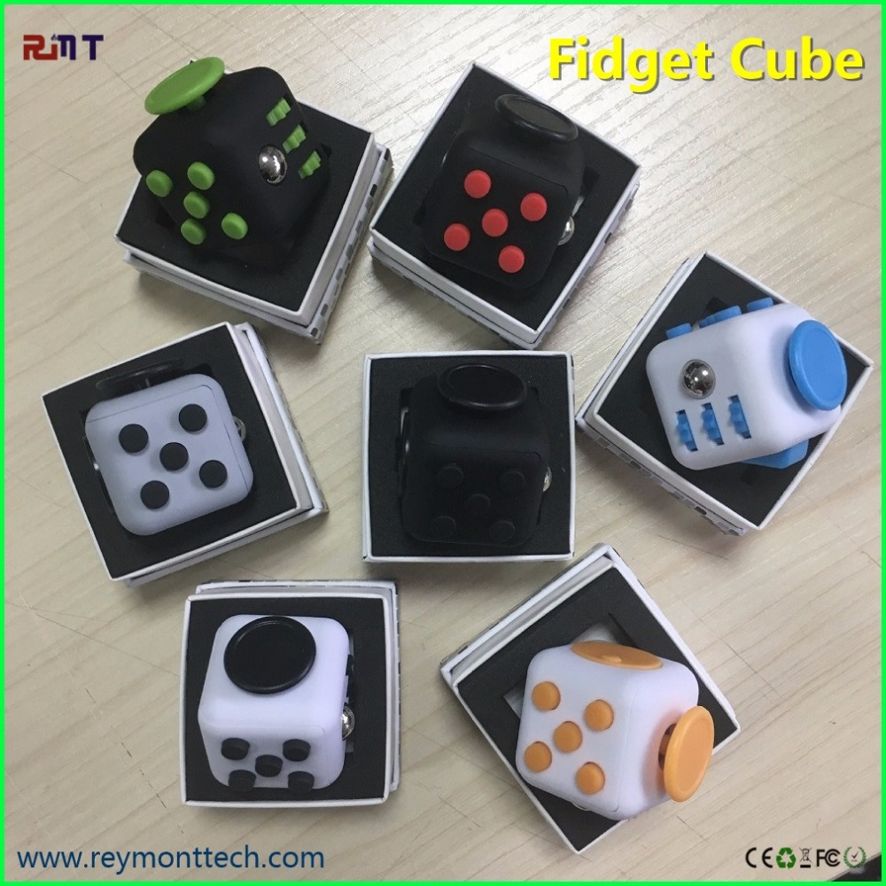 2016 hottest children toys Christmas gifts stress release magic fidget cube 3.3cm desk fidget cube toy