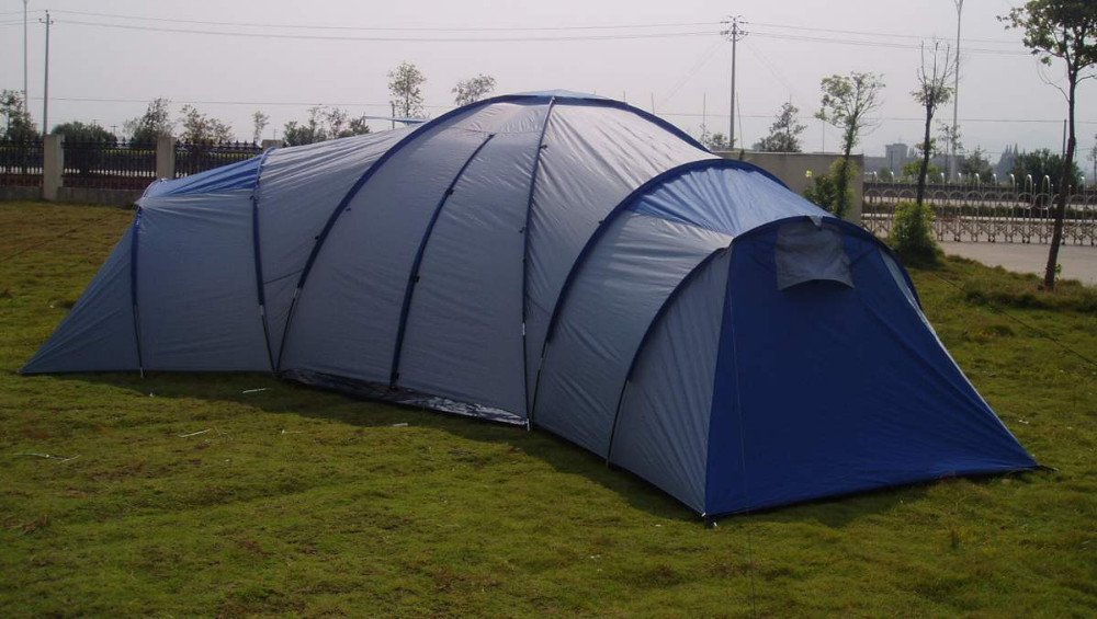 Huge camping living tent 3 bedroom tent with living room for Small 3 room tent